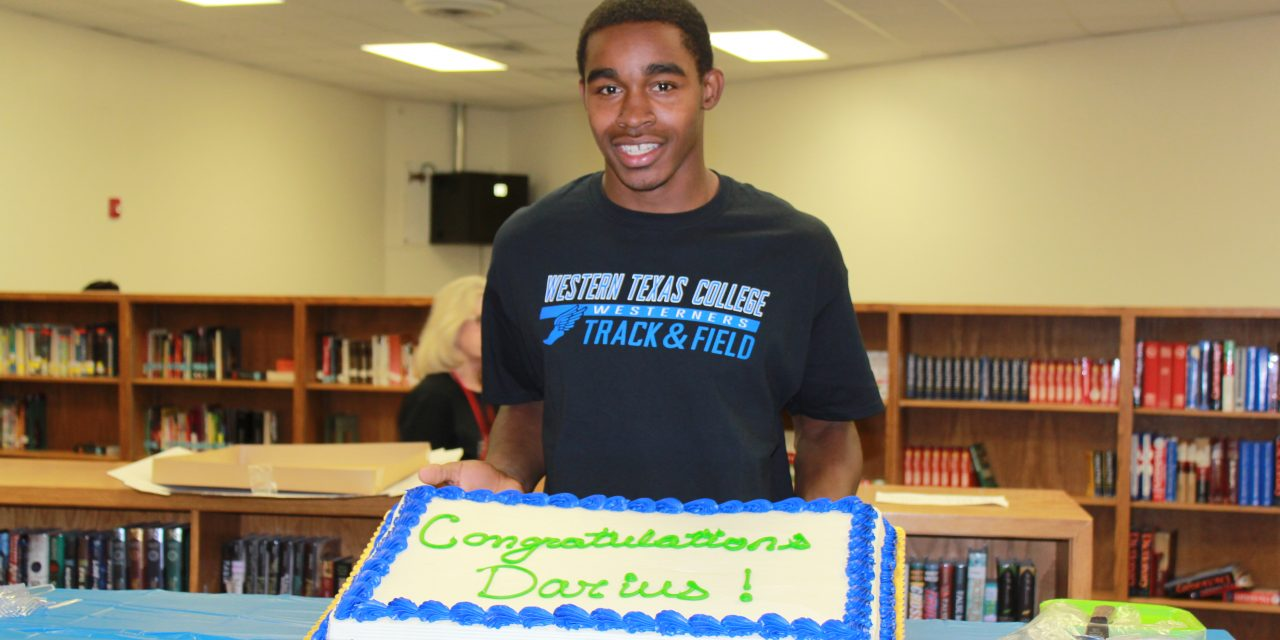 Darius Kyle Signs with Western Texas College