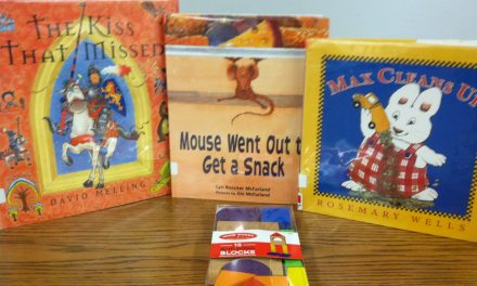 Houses Galore at StoryTime Yoakum Co. Library in Plains