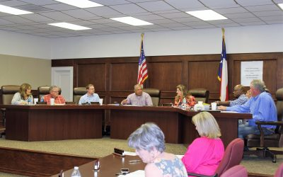New Board Members Sworn in at School Board Meeting