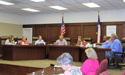 New Board Members Sworn in at School Board Meeting