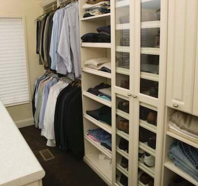 10 Steps to a Decluttered Closet