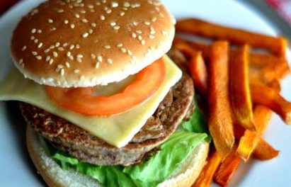 Seagraves Welcomes a New Business – Burgers & More